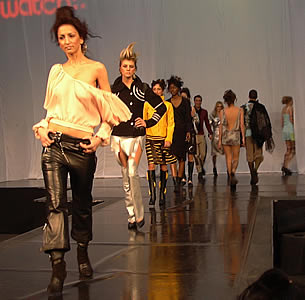 5 Top UK Fashion Schools for International Students Student World m Courses 62