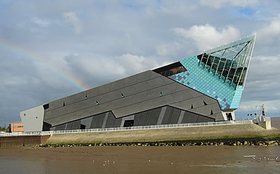 Visit Hull tourist information and travel guide for Kingston upon Hull